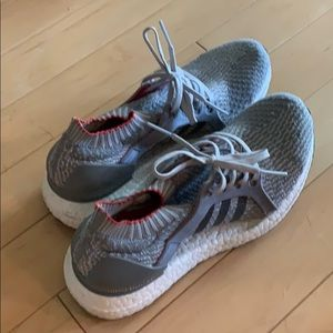 Adidas pure boosts size 8.5